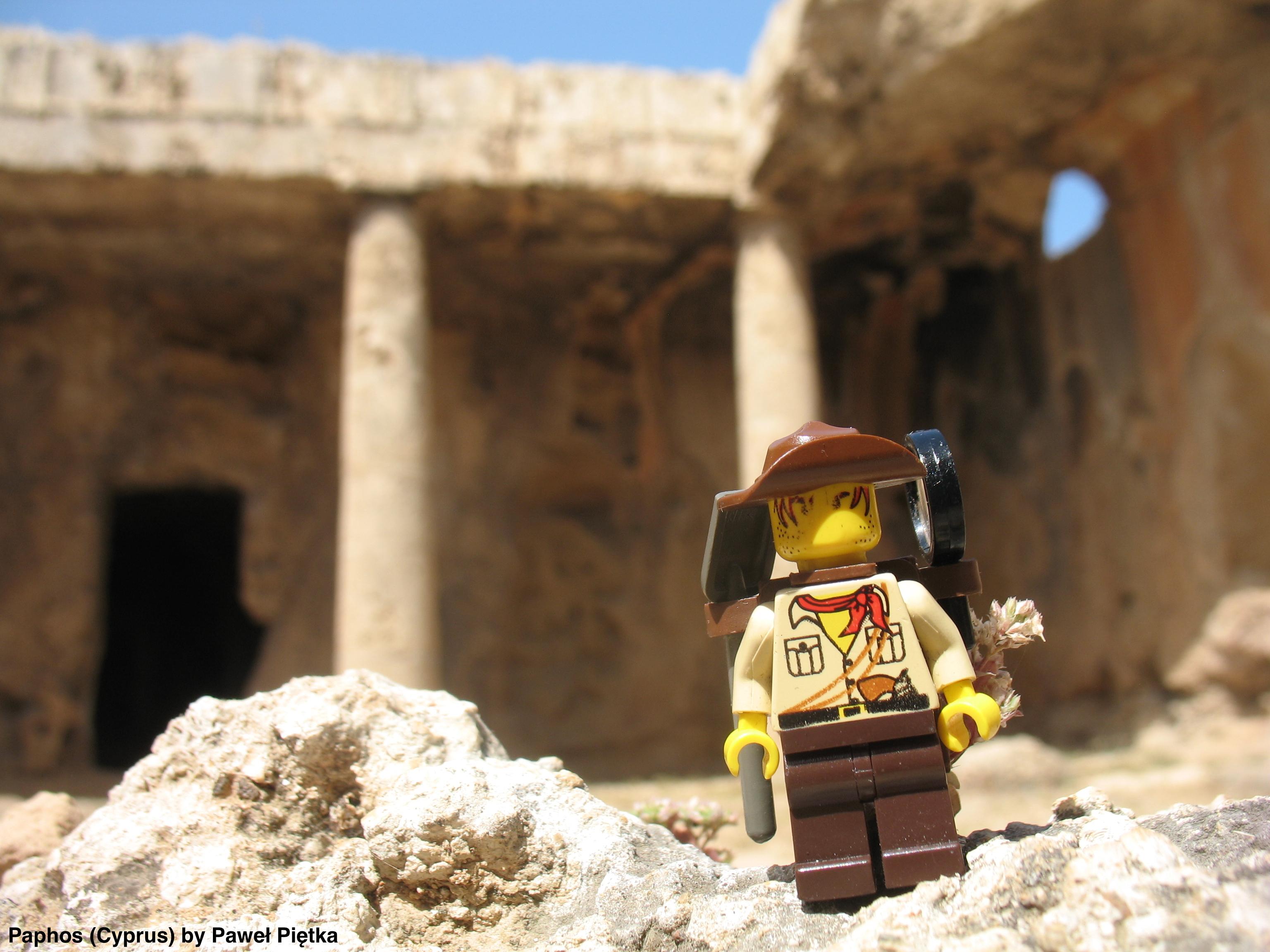 Paphos (Cyprus) - Tombs of the Kings