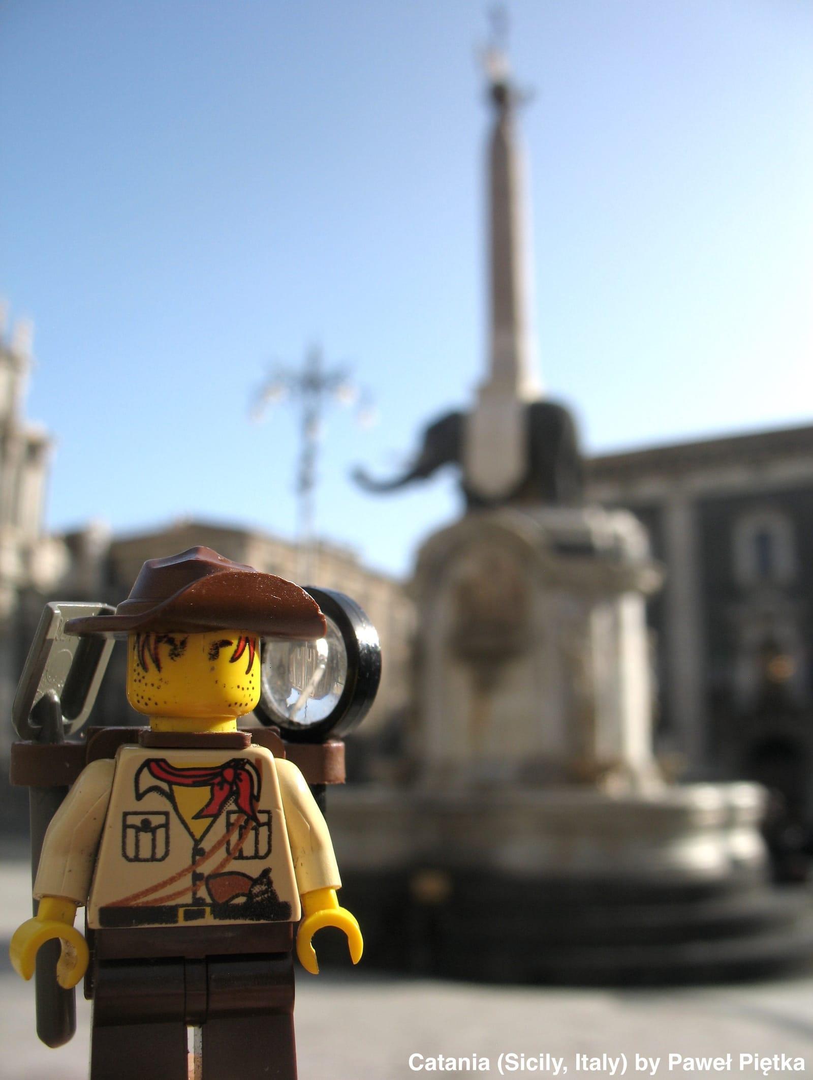 Catania (Sicily, Italy) - u Liotru Fontana dell Elefante