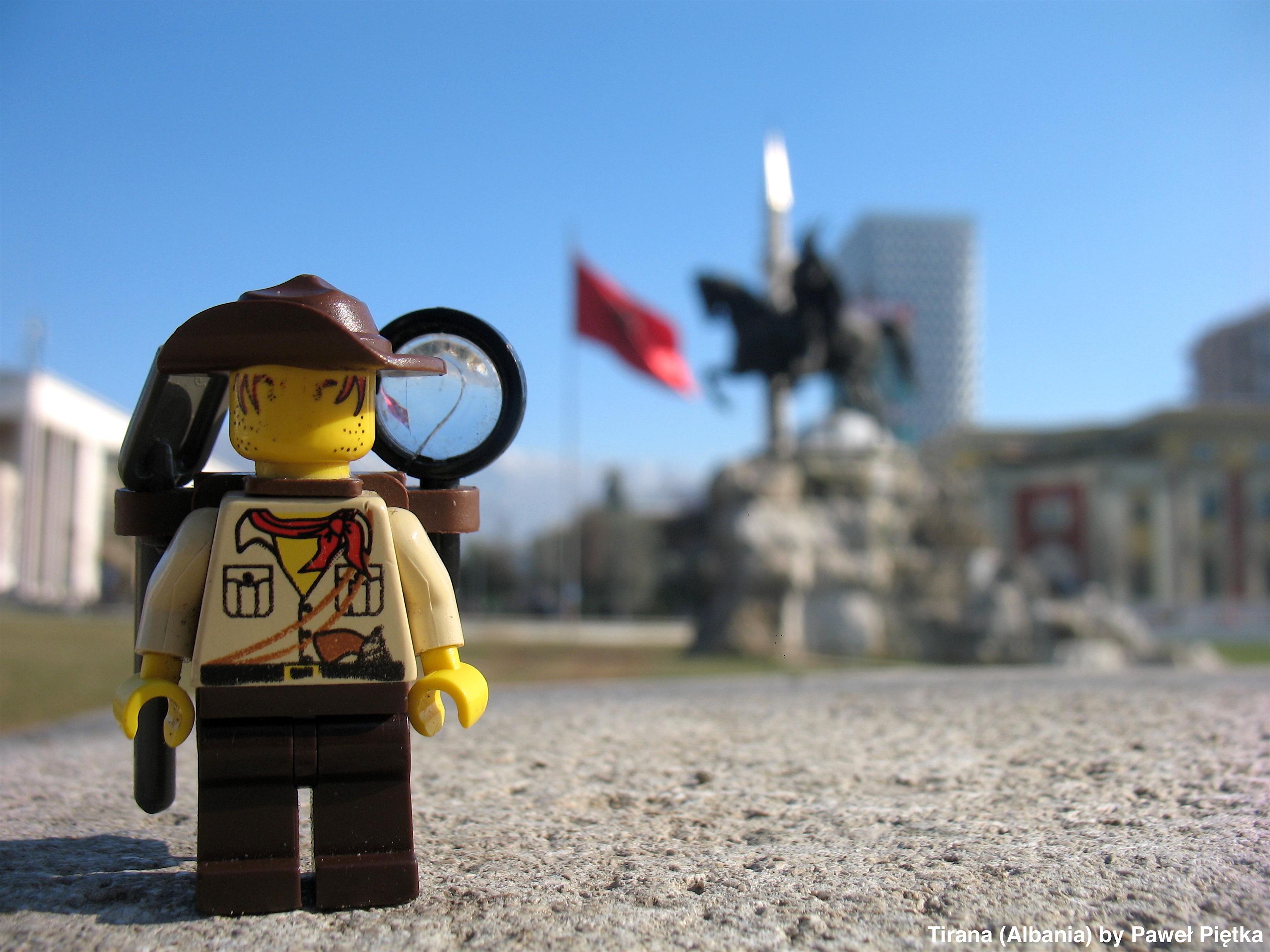 Tirana (Albania) - Skanderbeg Square
